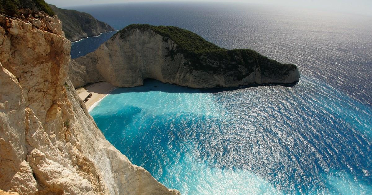 Βρετανία: Τα 5 ελληνικά νησιά που εξαιρούνται από την απαγόρευση μη απαραίτητων ταξιδίων