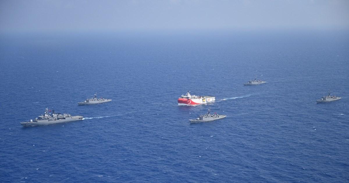 Αποκλιμάκωση στον ορίζοντα: Απομακρύνεται από τα νησιά το Oruc Reis, πλέει προς Αίγυπτο
