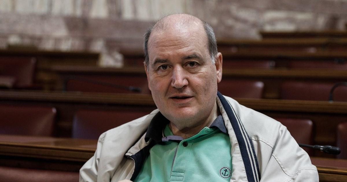 Φίλης: Ο Τσίπρας με έδιωξε από το υπουργείο γιατί μπήκε θέμα από την Εκκλησία