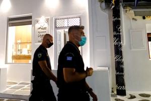 Μύκονος: Τον σκότωσαν για 100 ευρώ και ένα κινητό τηλέφωνο- Δράστης και θύμα ήταν συγκάτοικοι