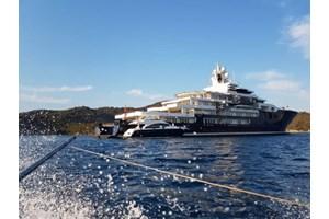 Απόβαση στην Ψαρρού από το ελληνικό mega yacht που θάμπωσε τη Μύκονο - Σε ποιον ανήκει [εικόνες, βίντεο] - εικόνα 6